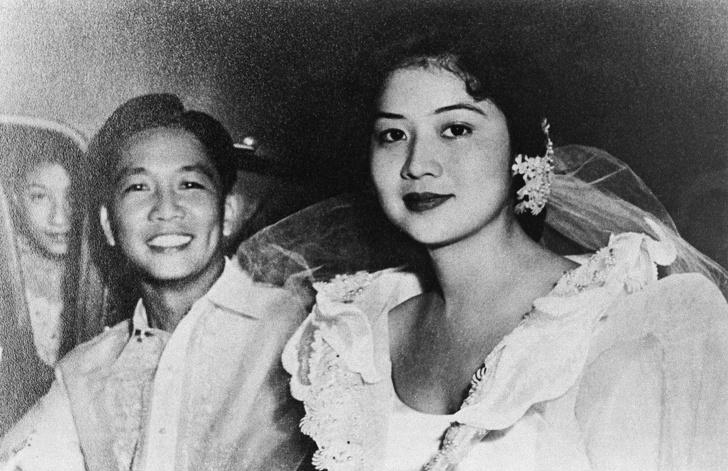5975065-image-crop-2000x1294-1561031303-728-5f294f6790-1561195582 Ядуу охинд эрх ямба эдлүүлбэл юу болдог вэ буюу Филиппиний тэргүүн хатагтайн түүх