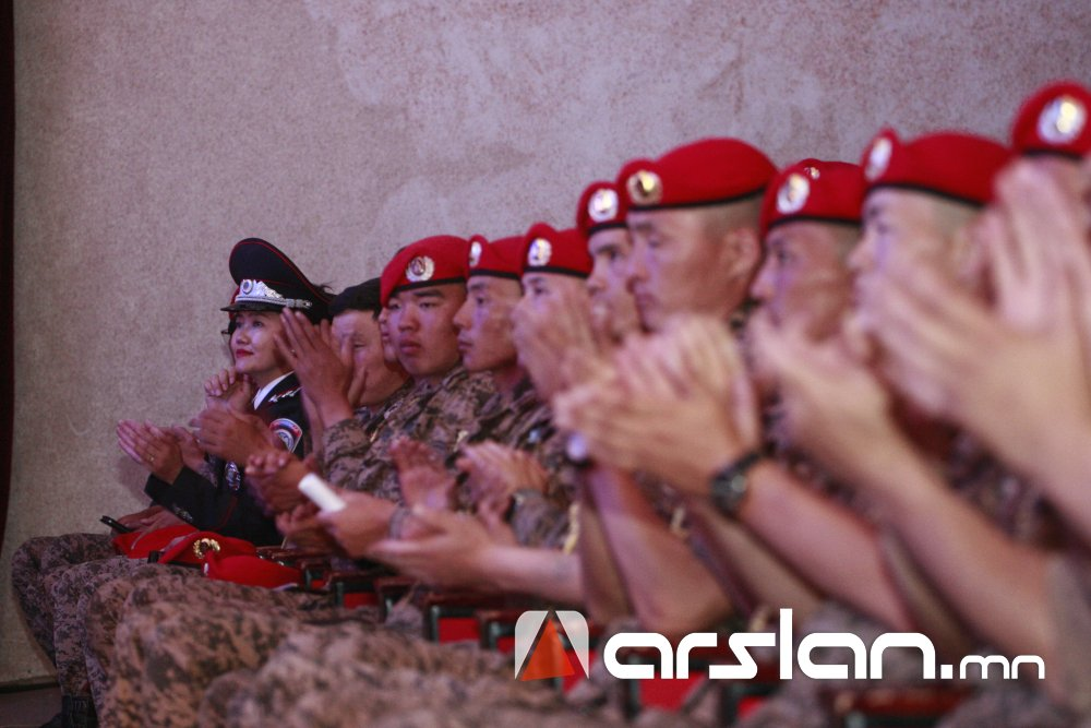 6capk Ж.Алтангэрэл: Би шүлгээрээ Монголын цагдааг өмөөрч, алдаршуулах болно