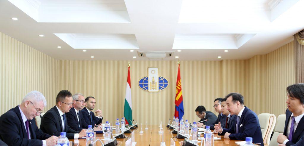 mfa74182-1024x493-1024x493 Унгарын ЭКСИМ банк Монгол Улсад зориулан 47 сая ам.долларын зээлийн шугамыг нээжээ