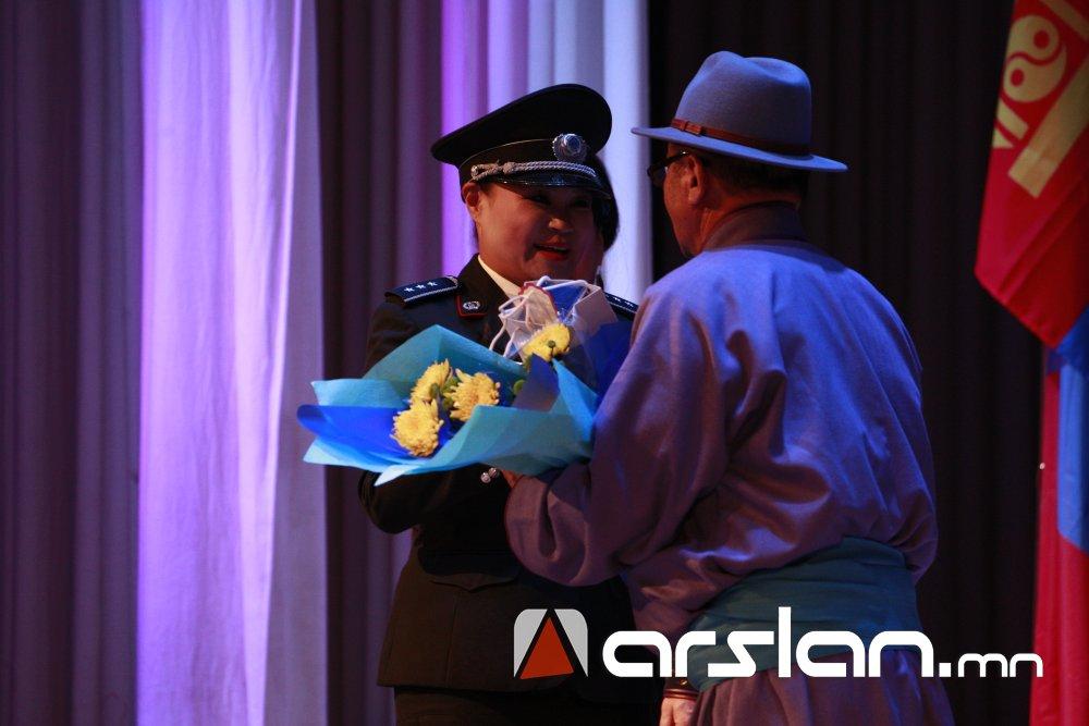 q9kdr Ж.Алтангэрэл: Би шүлгээрээ Монголын цагдааг өмөөрч, алдаршуулах болно