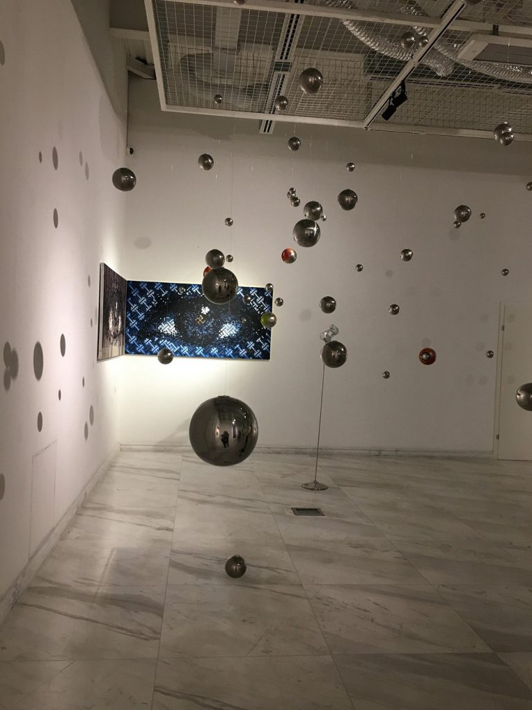 """5-16-768x1024 Дөрвөн зураачийн """"Дөрвөн хөх"""" үзэсгэлэн ХААН галерейд гарч байна"""