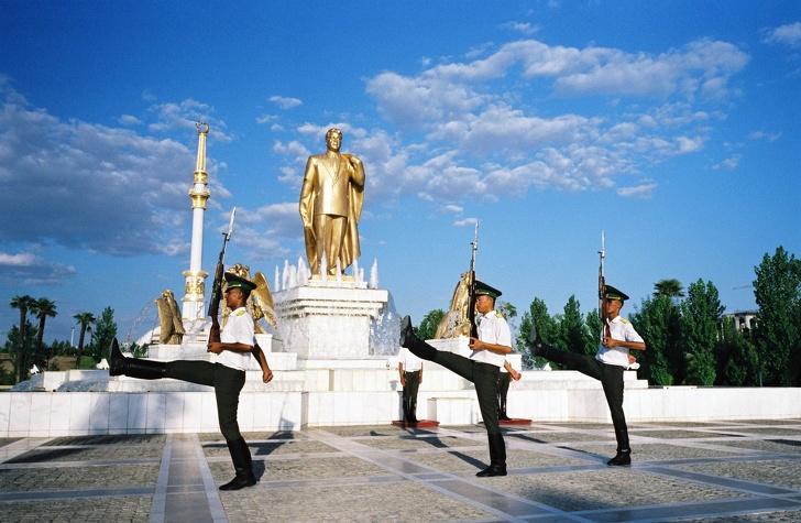 6-20 Ким Чен Ун ч сонсоод ухаан алдмаар хаагдмал улс