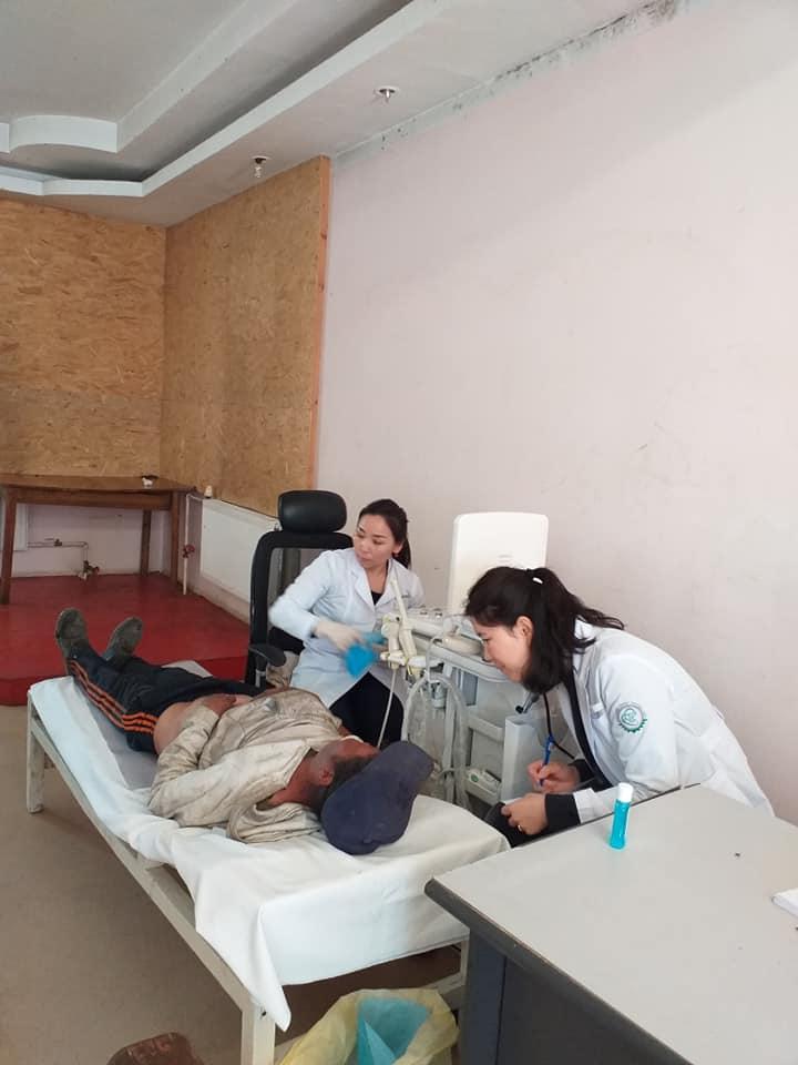 12-18 Хүрээ амаржих газрынхан Улаанчулуутын хогийн цэгт ажиллаж, иргэдэд эрүүл мэндийн үйлчилгээ үзүүллээ