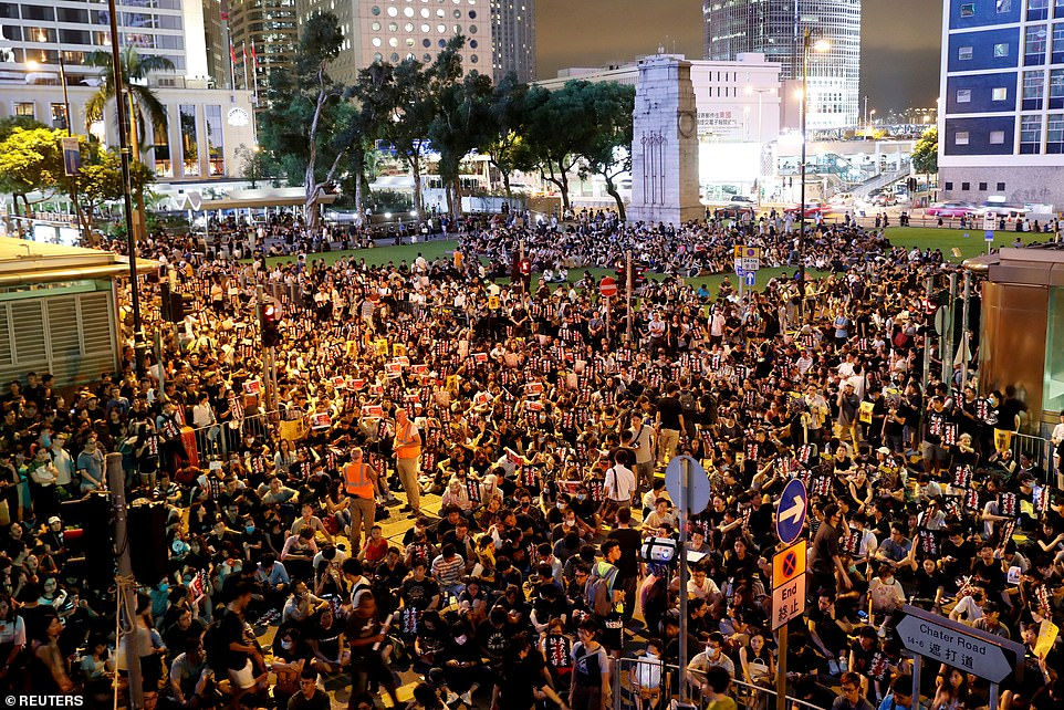 4-23 Дэлхийн бизнесийнхнийг Ази руу холбодог гол гарц Хонгконгийн асуудал бөмбөрцөгийн эдийн засагт нөлөөлж болзошгүй