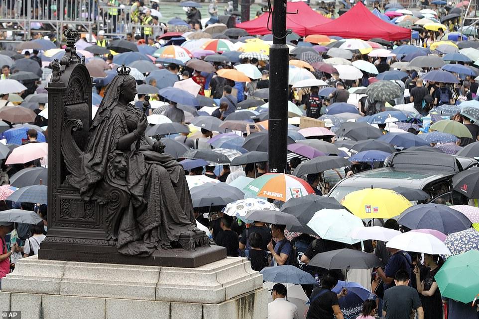 5-18 Дэлхийн бизнесийнхнийг Ази руу холбодог гол гарц Хонгконгийн асуудал бөмбөрцөгийн эдийн засагт нөлөөлж болзошгүй