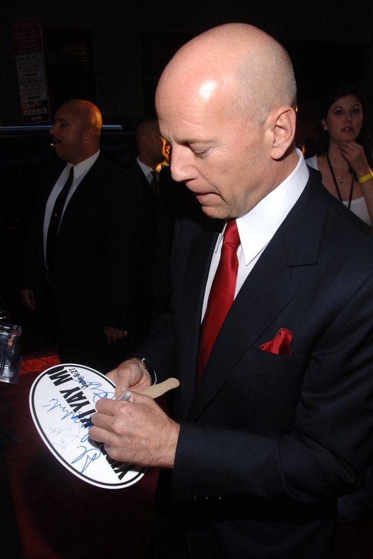 """Bruce-Willis Фото: Солгой гартай """"Дэлхийн одод"""""""