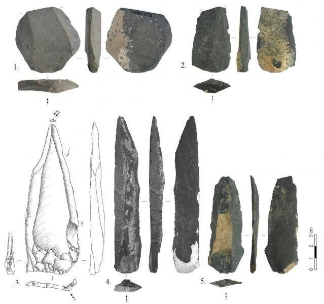 c495d0_stone_northern_mongolia_x974 Монгол нутагт хүн суурьшсан хугацааг 10 мянган жилээр урагшлуулав