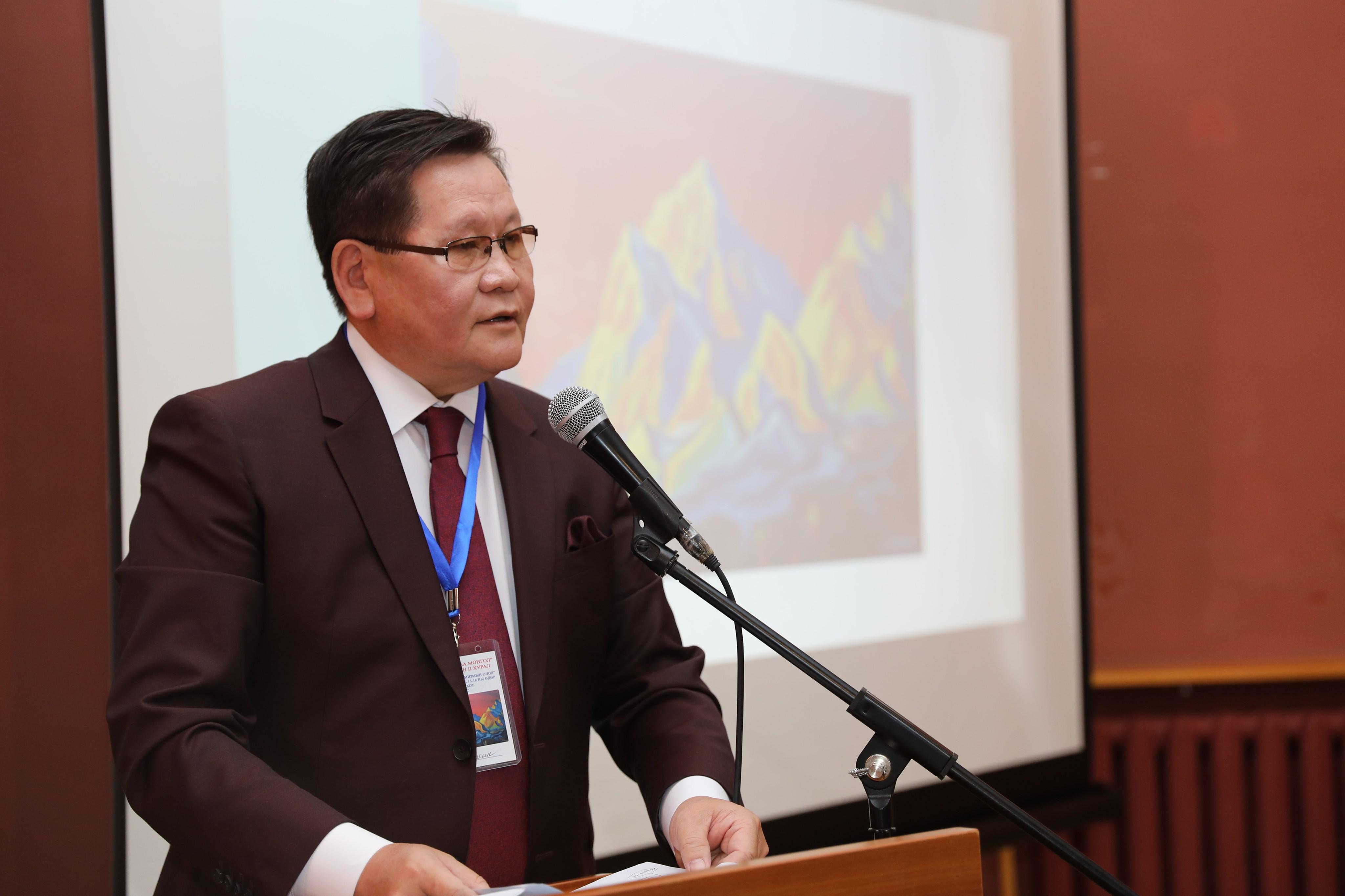 ec85d4bcba8e4939f19984a450aa5de5 Ө.Энхтүвшин: Н.К.Рерих бол Монгол орны түүх, байгалийн дүрслэлийг бүтээлийнхээ нэгэн чухал сэдэв болгосон хүн