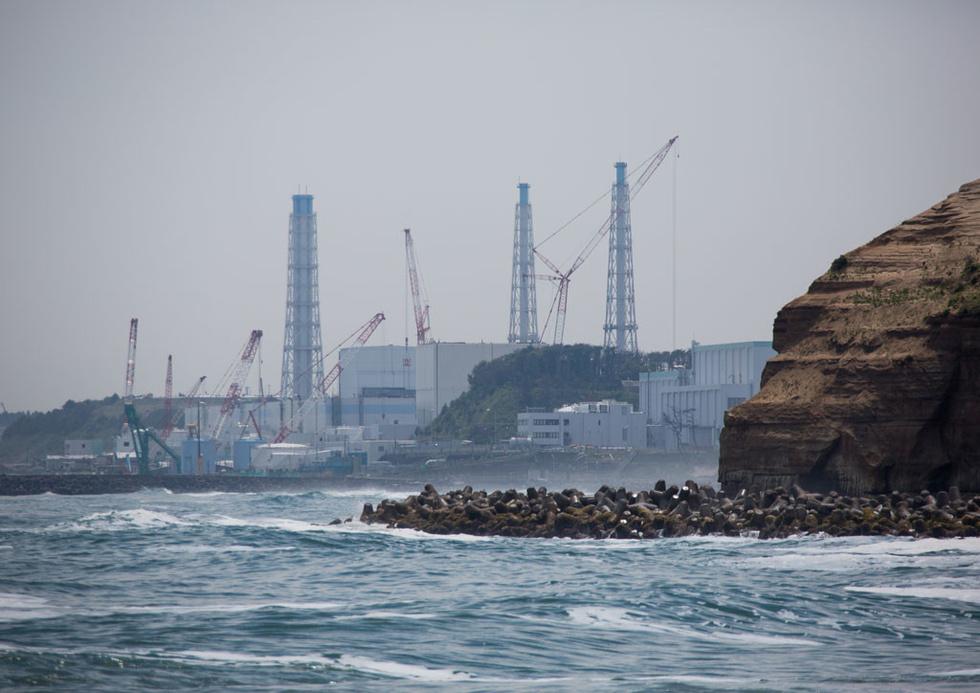"""f6da60a3b6eb88c453b5e16cbaeb0ad0__980x Чернобылийн ихэр буюу """"Фүкүшима"""" цацрагаар хордсон усыг далай руу асгадаг уу?"""