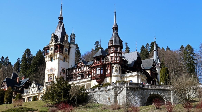 peles-castle-romania-1170x650 Үхэхээсээ өмнө үзэх ёстой дэлхийн хамгийн гайхалтай 21 цайз, шилтгээн